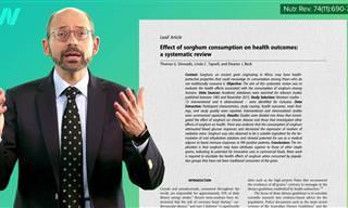 """ד""""ק מייקל גרגר מסביר על היתרונות הבריאותיים של אכילת דגן דורה"""