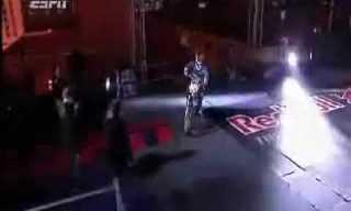 קפיצת אופנוע הגבוהה ביותר בעולם מעל שער הניצחון