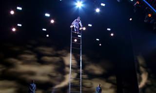 אוזייר נוברוזוב מטפס לגבהים חדשים במופע עוצר נשימה