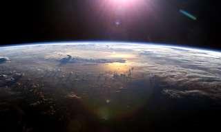 מסע אינטראקטיבי ב-360 מעלות לחלל
