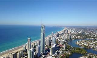 סרטון שובה עין של העיר האוסטרלית גולד קוסט