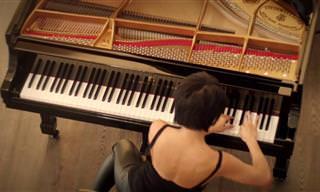 הפסנתרנית יוג'ה וואנג בקטע נגינה מהפנט של היצירה The Smuggler