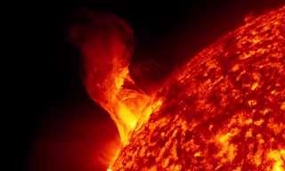 """תמונות מרהיבות מלוויין השמש של נאס""""א"""
