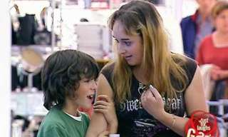 מה עושה ילד שנמאס לו מאמא...