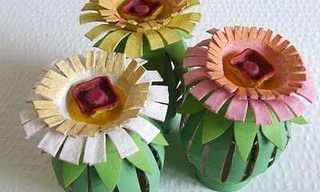 יצירה ליום המשפחה - פרחים בעבודת יד!