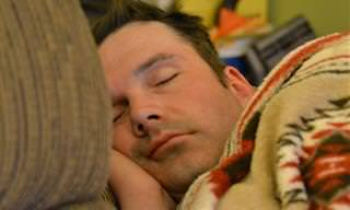 כיצד חוסר שינה פוגע בבריאות שלנו ובמצבנו הנפשי?