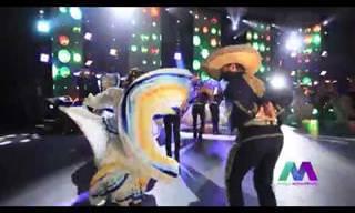 להקת מריאצ'י בביצוע סוחף לשיר מקסיקני אותנטי