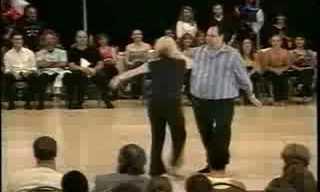 כשהוא עלה על רחבת הריקודים, אף אחד לא האמין שהוא יעשה את זה