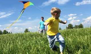 10 עצות כיצד לגדל ילדים שמחים!