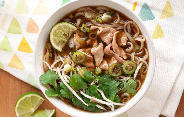 מתכון לפו - מרק בקר וייטנאמי