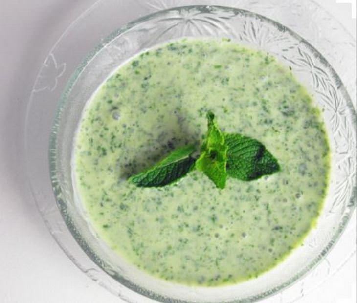 מתכון לרוטב יוגורט ועשבי תיבול דל קלוריות