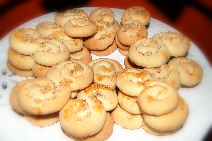 מתכון לעוגיות חמאה יווניות - קולורקיה