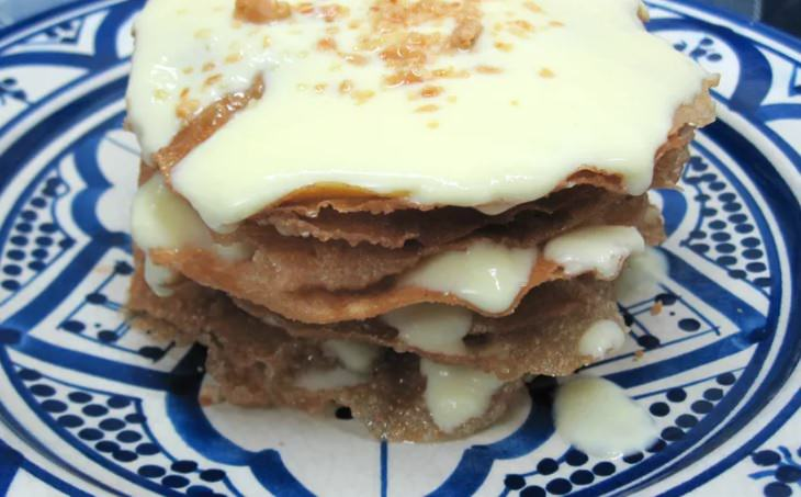 מתכון לקטפה – מאפה מרוקאי עם רוטב שמנת