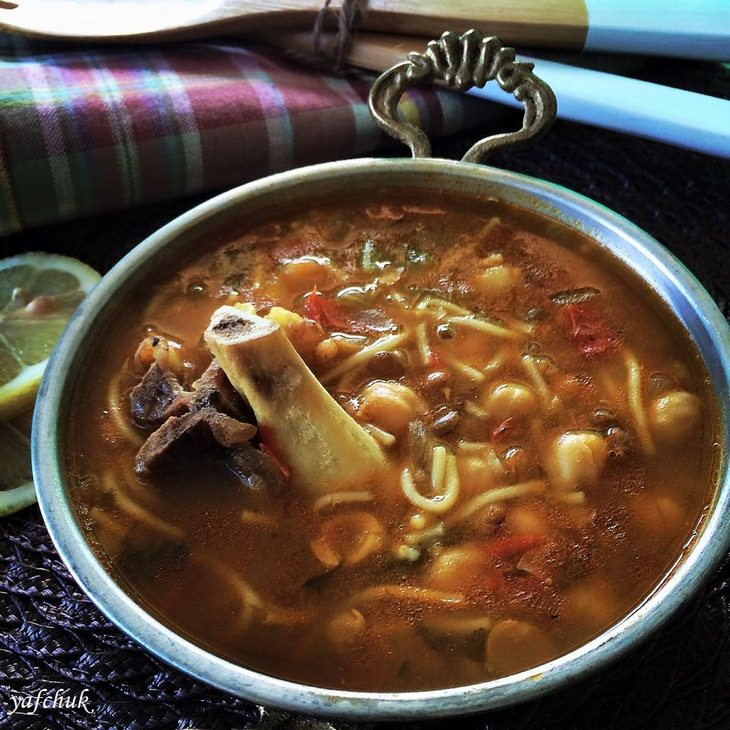 """מתכון למרק חרירה מרוקאי מהבלוג """"יפצ'וק מבשלת ואופה"""""""