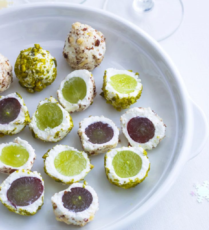 מתכון לכדורי גבינת עיזים וענבים