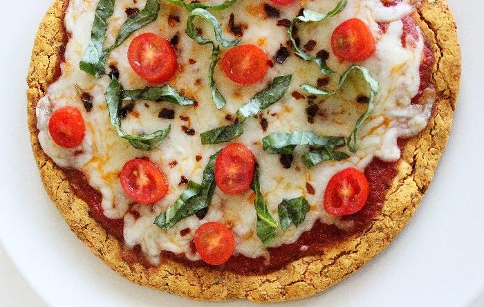 מתכון לפיצה מבצק על בסיס בטטה ללא גלוטן