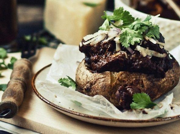 מתכון לתפוחי אדמה במילוי בשר ושעועית