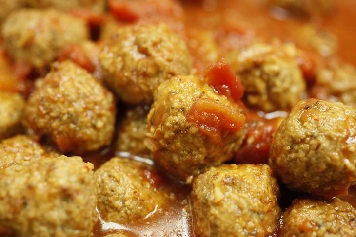מתכון לכדורי בשר בסיגנון איטלקי