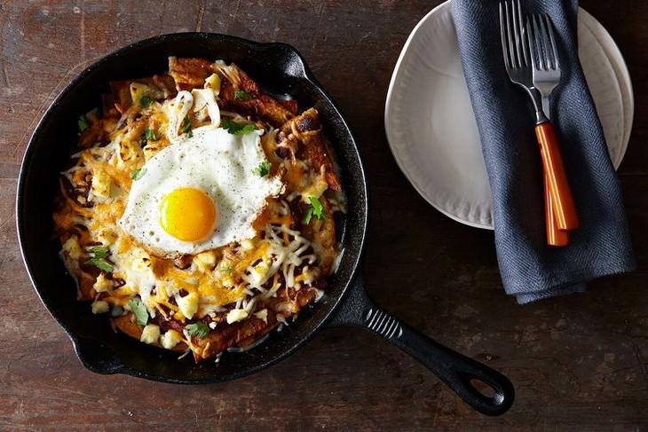 מתכון לצ'ילקילס מקסיקני עם ביצים