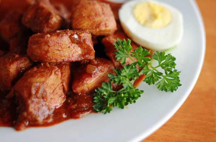 מתכון לתבשיל עוף חריף - אתיופי - דורו וואט