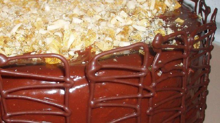 מתכון מפתיע לעוגת שוקולד עם טובלרון