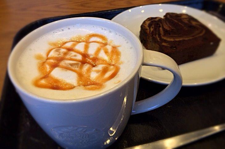 מתכון לקפה מקיאטו קרמל