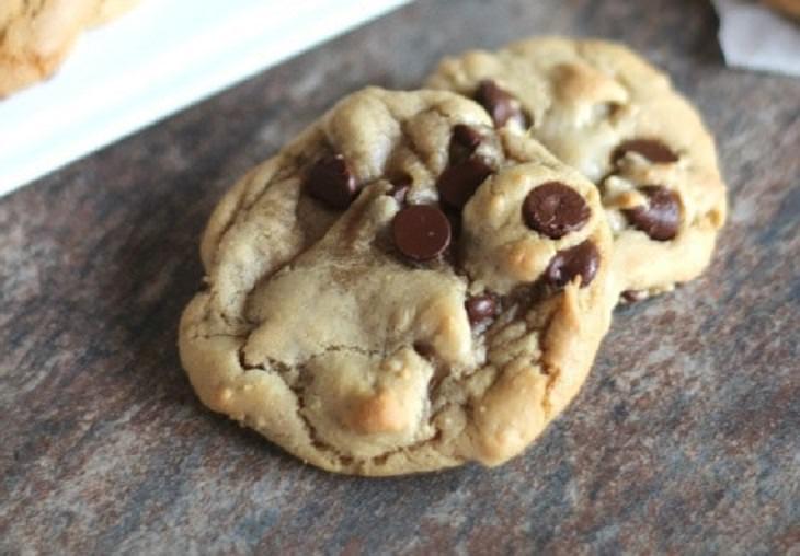 עוגיות שוקולד צ'יפס עם שמן זרעי ענבים