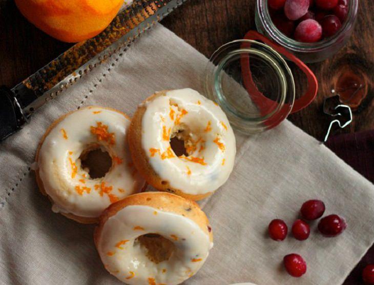 מתכון לסופגניות אפויות בטעם תפוז וחמוציות