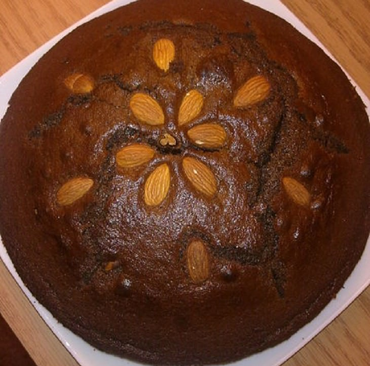 מתכון לעוגת שוקולד שקדים עשירה
