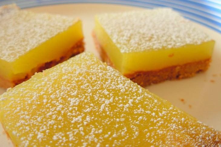 מתכון לעוגיות פריכות עם רפרפת לימון של השף וולפגאנג פאק