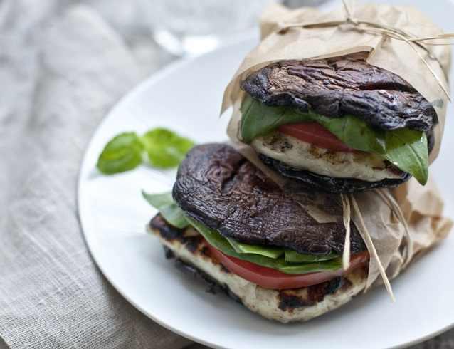מתכון להמבורגר מגבינת חלומי ופורטבלו