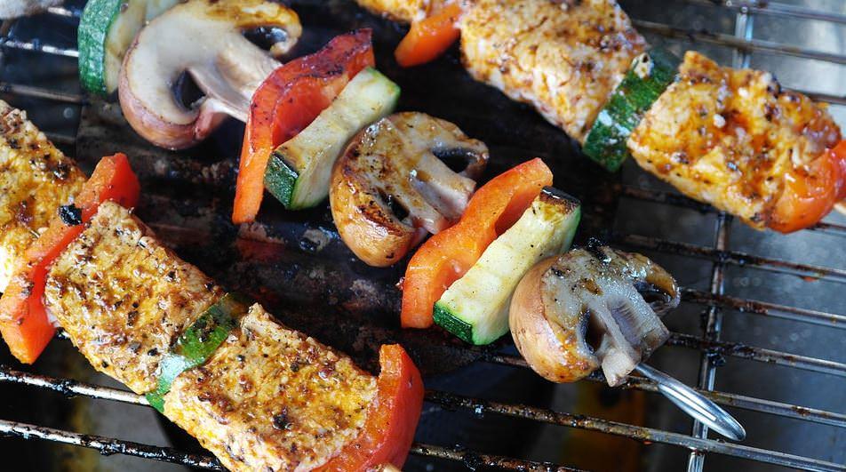 מתכון לשיפודי ירקות ושישליק סייטן