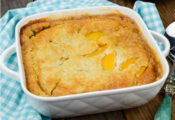 מתכון לעוגת אפרסקים ללא ביצים – מהירה וקלה להכנה