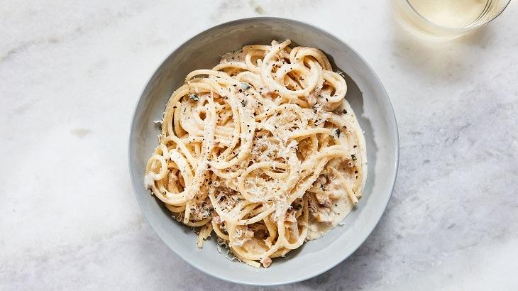 מתכון לפסטה ספגטי ברוטב פסטו לבן
