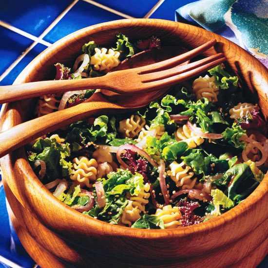 מתכון לסלט פסטה פוזילי עם ירקות