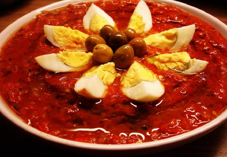 מתכון לסלט מירקות צלויים - סלטה מאשוויה